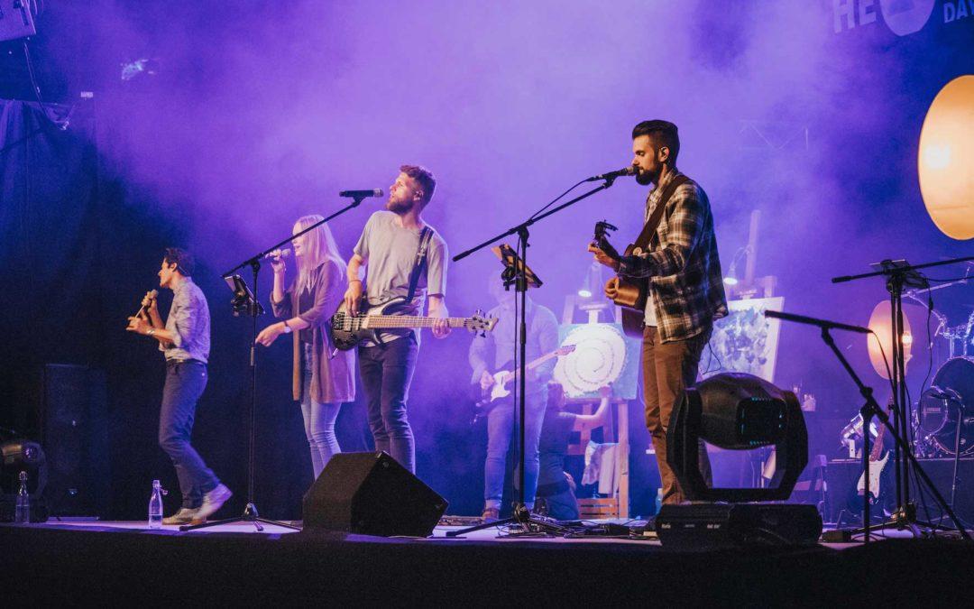 Plenar-Worship